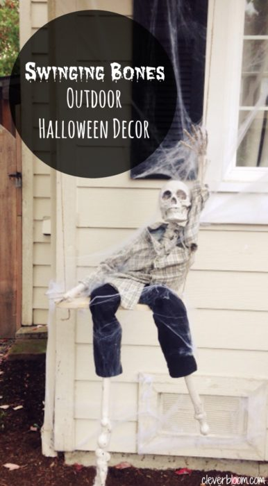 Swinging Bones~Outdoor Halloween Decor